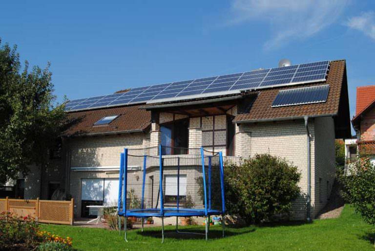 Photovoltaikanlage mit Solarthermie in Schauenburg