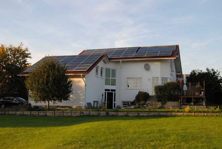 Photovoltaikanlagen mit Solarthermie in Bad Emstal